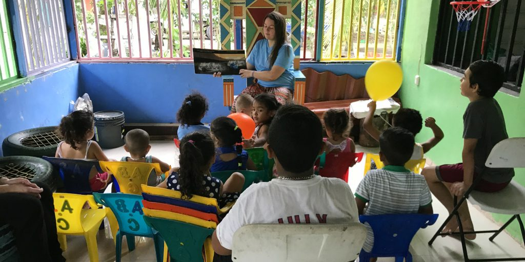 A GVI volunteer in Quepos, Costa Rica leading a lesson.