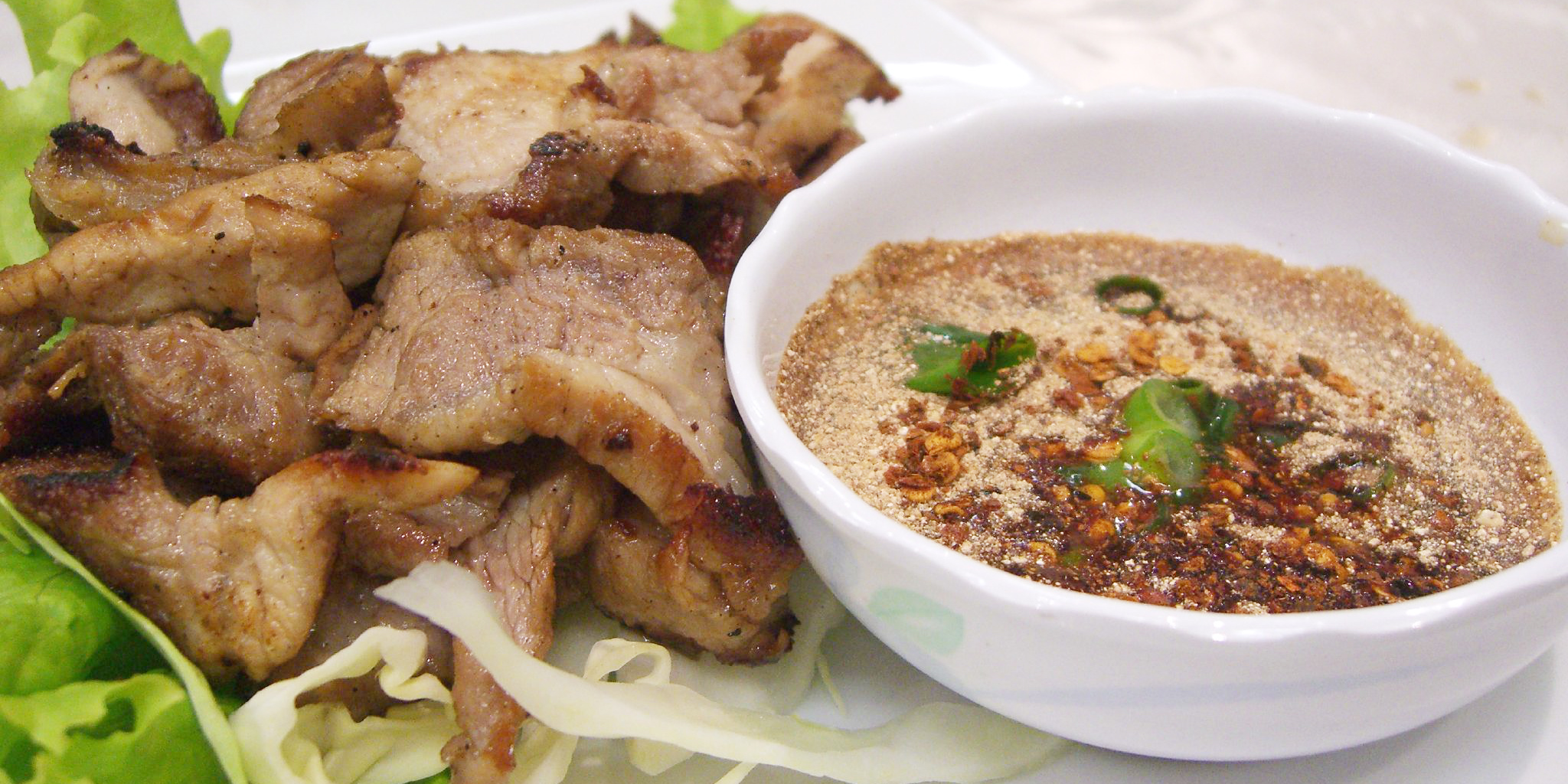 What to eat when volunteering abroad in Laos