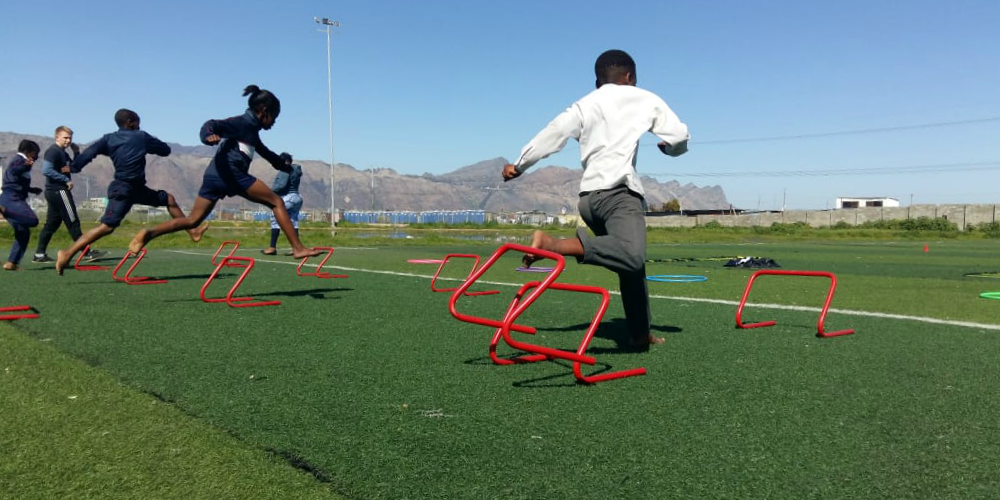 Learners take part in sports programs to improve their health and well-being. Programs are lead by volunteers, many of whom are on their gap year.