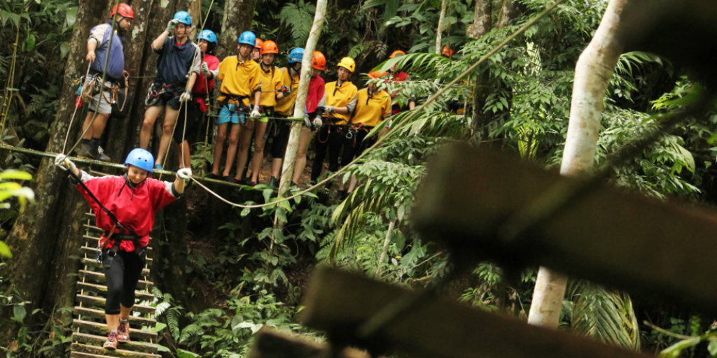 gvi under 18 volunteers travel adventures in quepos