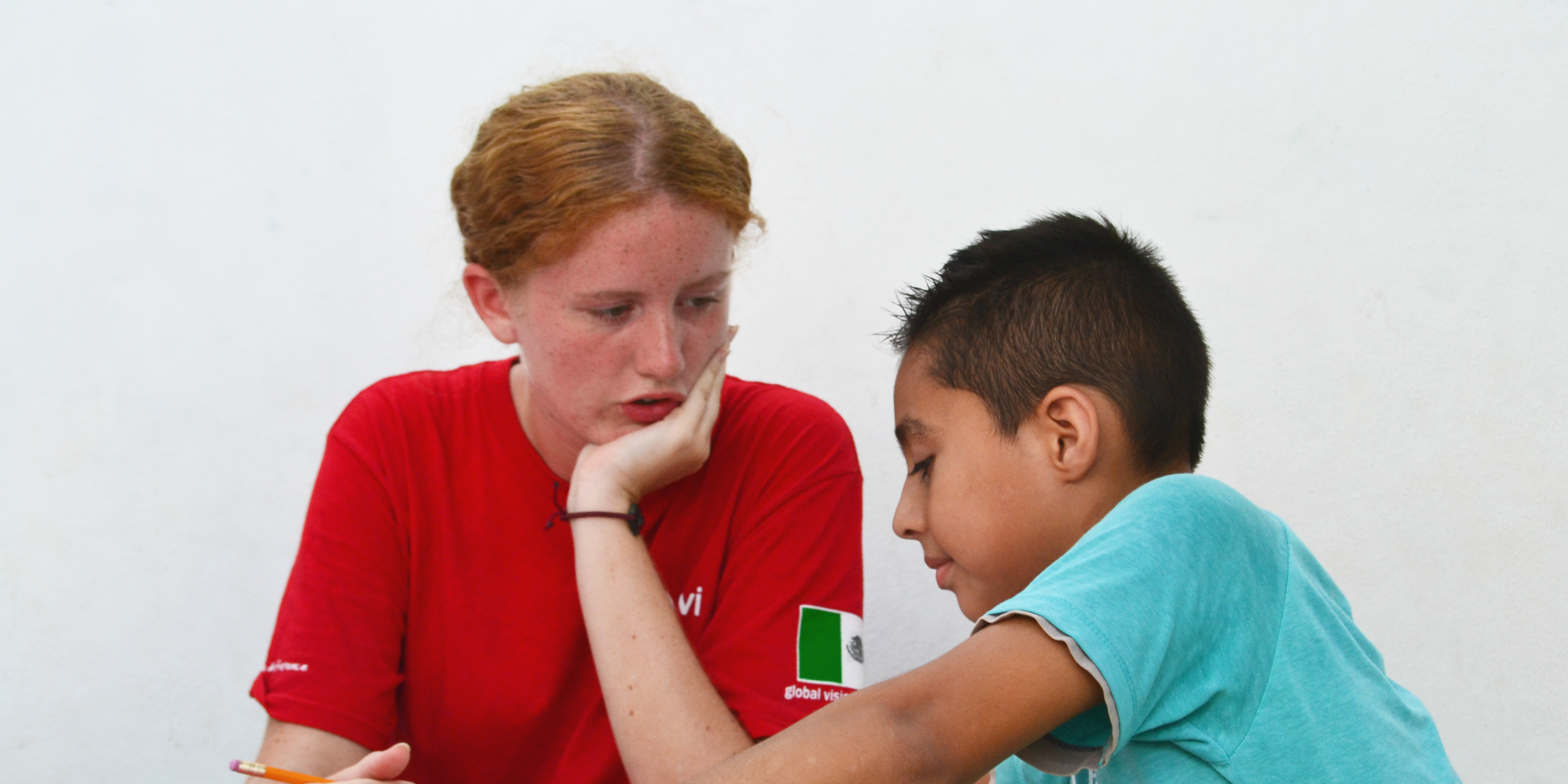 A GVI participant makes the most of their gap year by teaching English to children in Mexico.