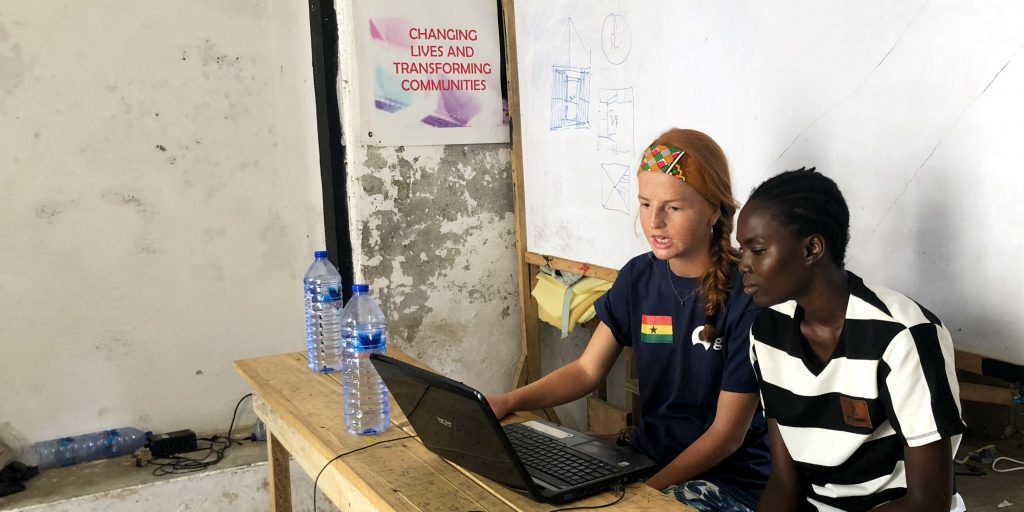 Summer abroad volunteer programs for high school students in Ghana.