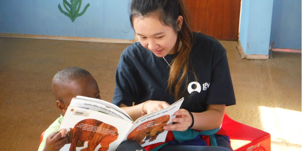 "Wondering ""how can I volunteer abroad?"" Teach English!"